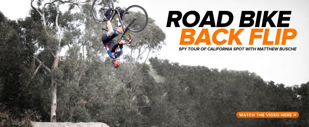 [Video] Backflip su bici da strada? Si può fare