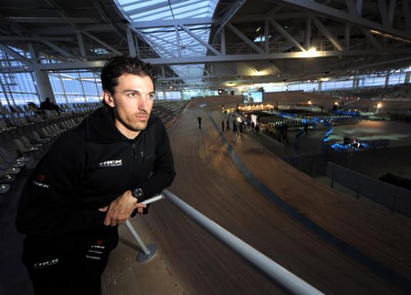 07cancellara_roubaix velodrome_trek factory racing_2014