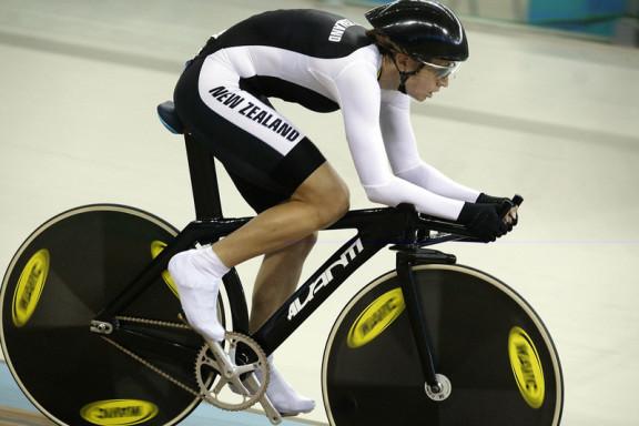 sarah-ulmer-3km-2004-athens-olympics-track-pursuit-rider-new-zealand