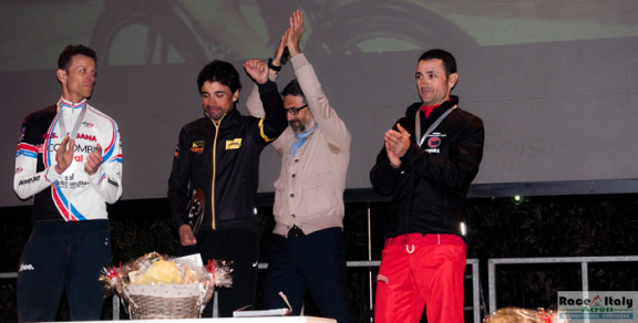 omardifelice_raceacrossitaly_podium