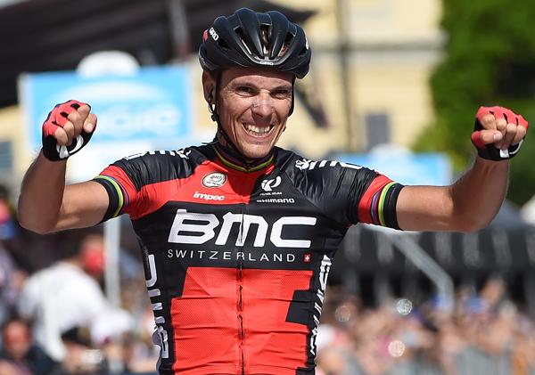 Giro 2015: Philippe Gilbert vince in solitaria