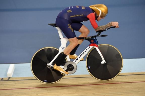 Sir Bradley Wiggins, UCI Hour Record 2015