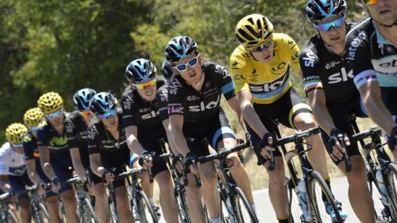 team-sky-chris-froome-tour-de-france-stage-16_3327579