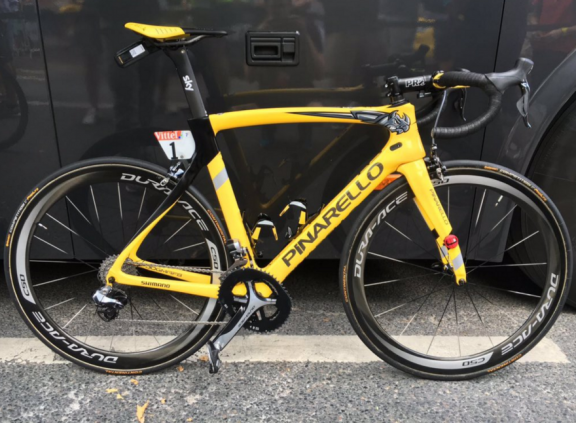 chris-froome-yellow-pinarello