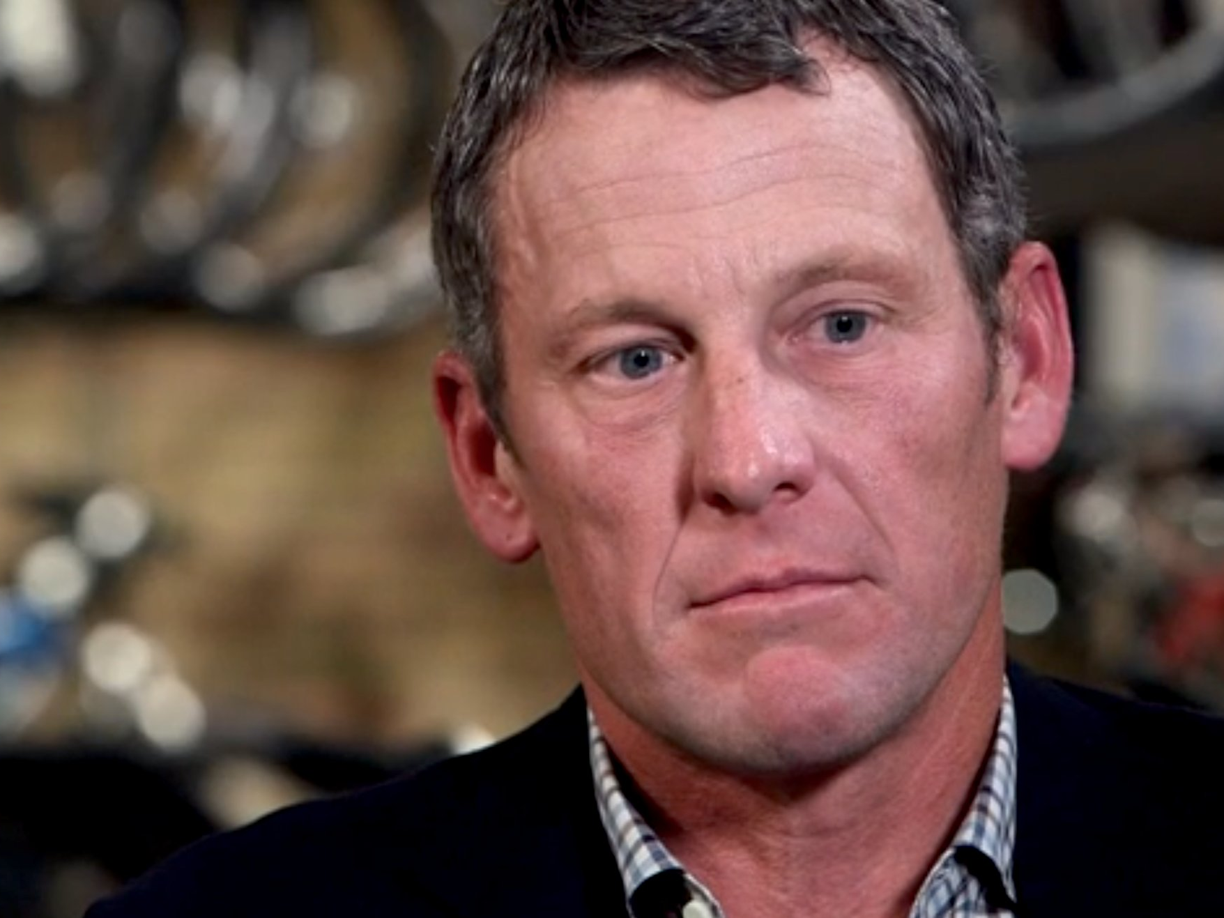 Lance Armstrong dovrà andare a processo