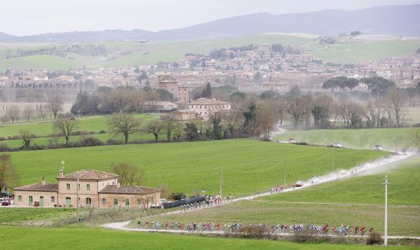 Strade Bianche 2017: nel weekend torna il grande ciclismo nelle crete senesi