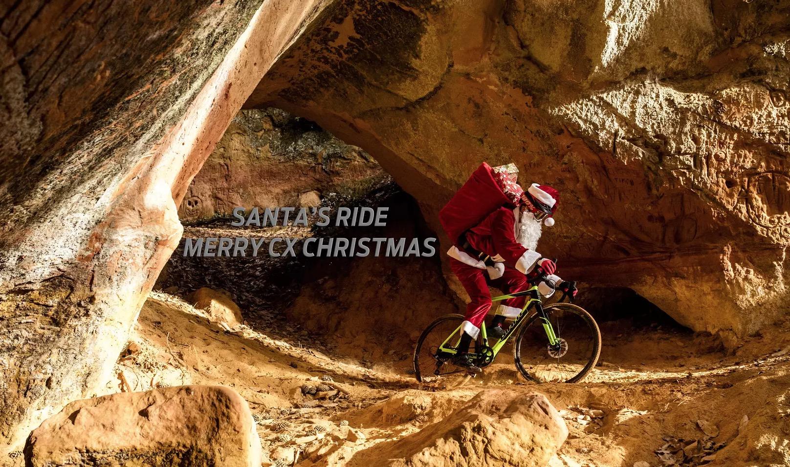 Babbo Natale arriva in bici