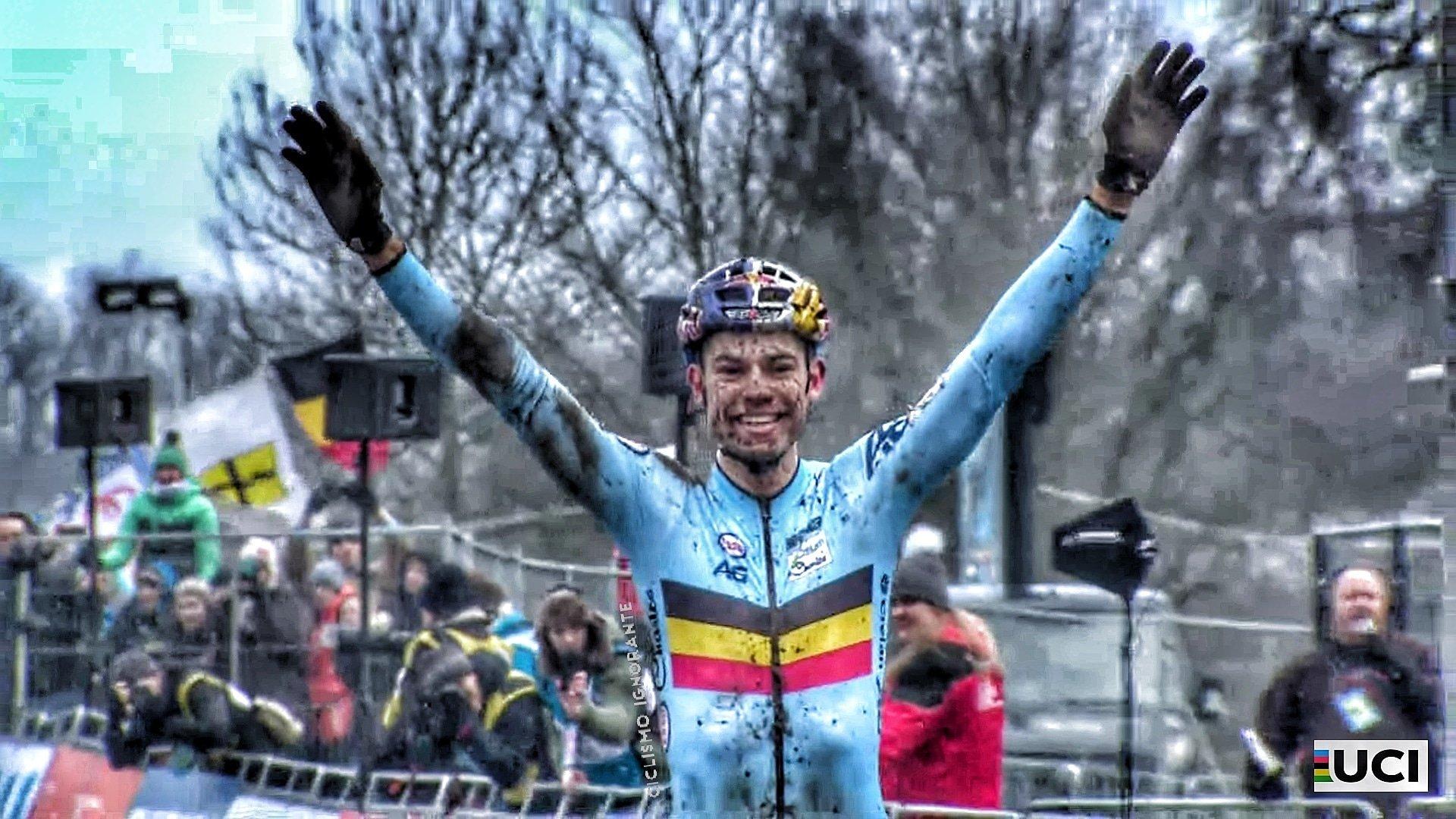 Wout Van Aert campione del mondo per la terza volta