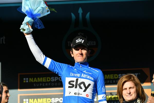 Roglic vince la tappa 3 della Tirreno-Adriatico, Thomas è la nuova Maglia Azzurra