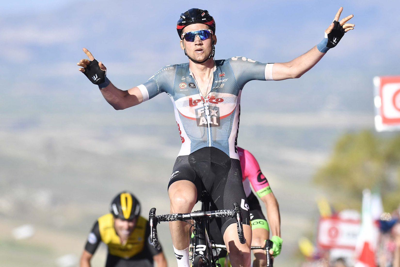 Wellens ha vinto la Tappa 4 del Giro d'Italia, Dennis rimane in Maglia Rosa