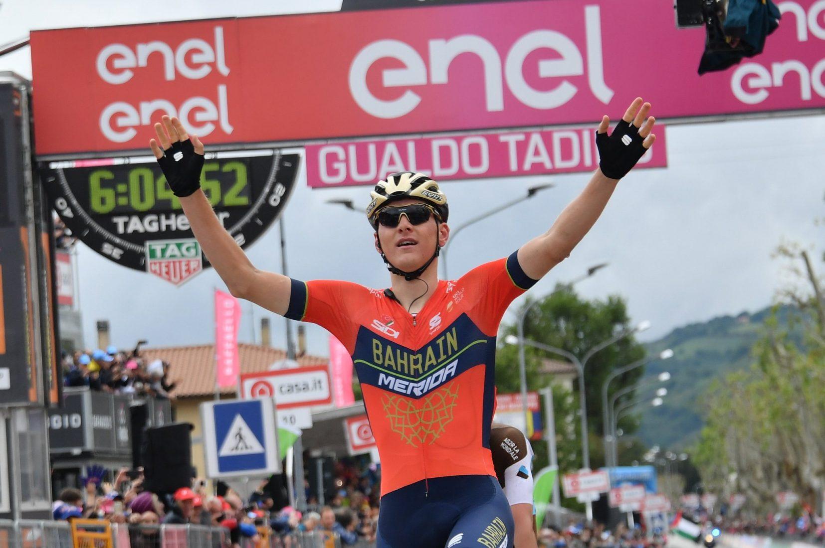 Giro 101: Mohoric ha vinto la Tappa 10, Yates ancora in Maglia Rosa