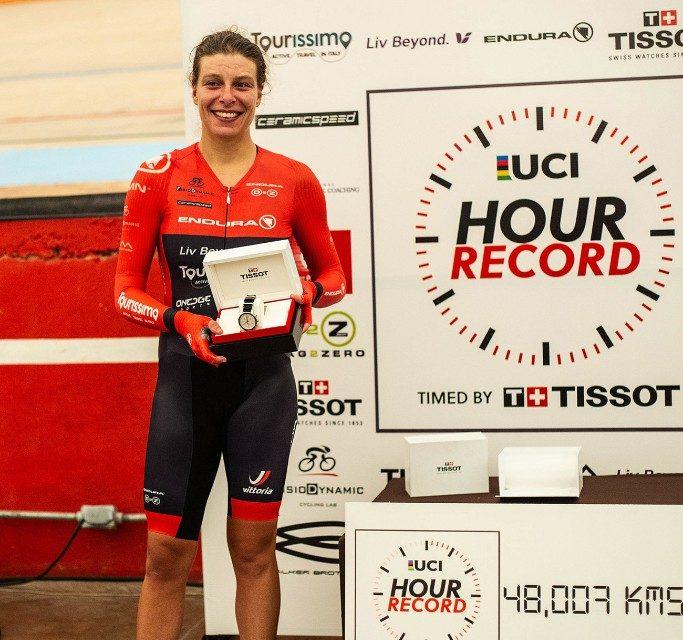 Vittoria Bussi nella storia: è suo il nuovo record mondiale dell'ora
