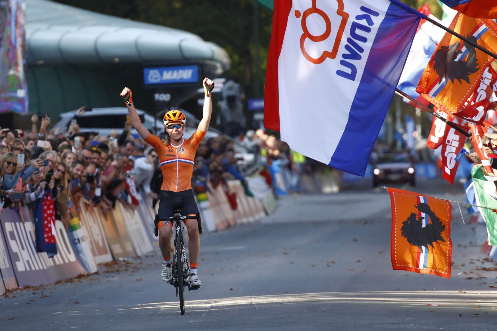 Innsbruck 2018: Anna Van der Breggen campionessa su strada