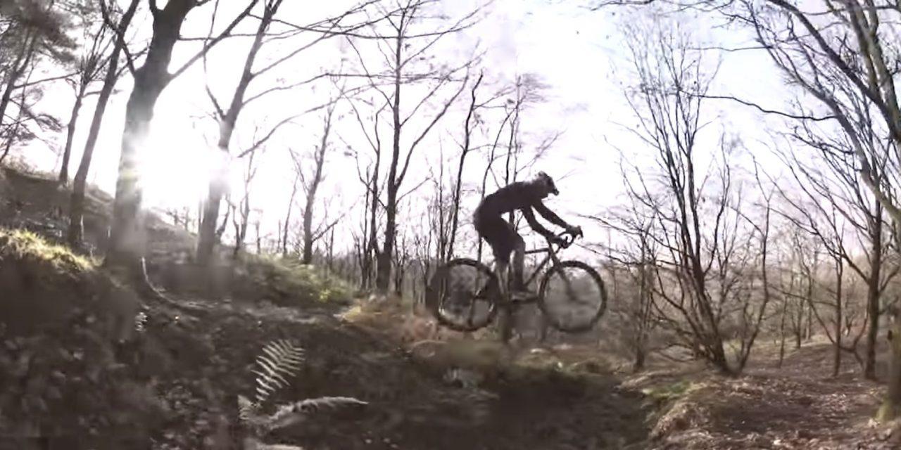 [Video] Un pazzo su una gravel