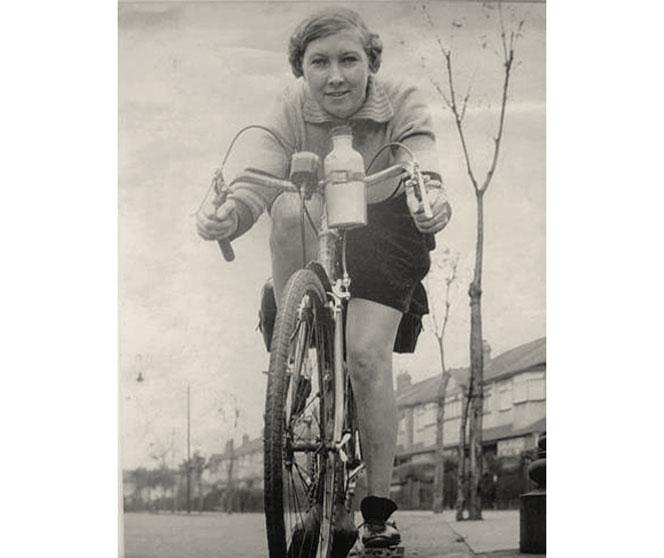 Alfonsina Strada. Il diavolo in gonnella