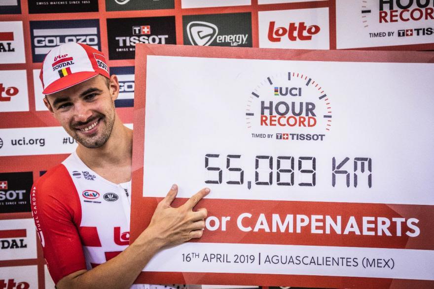Victor Campenaerts nuovo recordman dell'ora