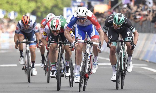 Giro 2019: la prima di Démare, la quinta di Conti