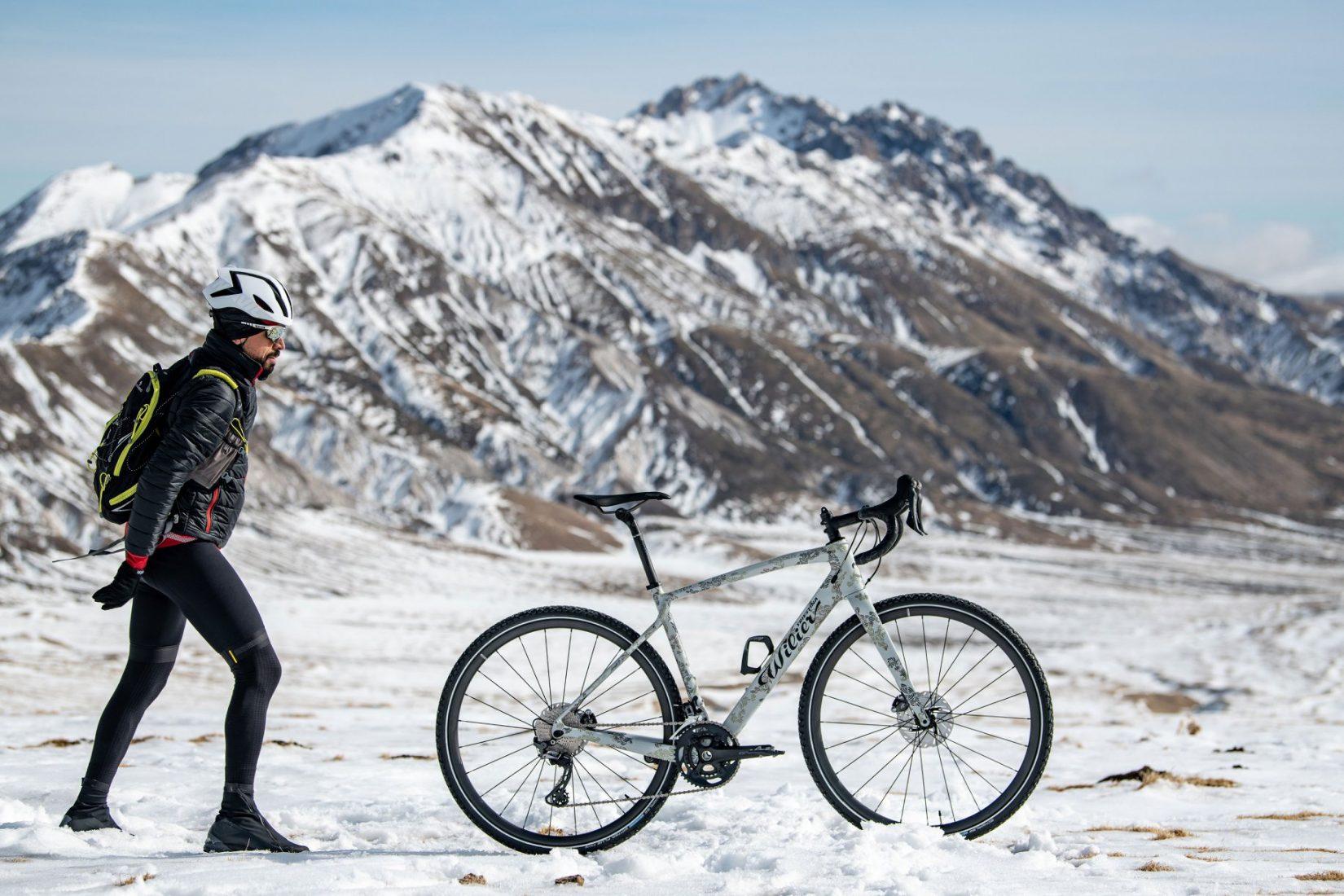 Omar di Felice inizia l'attraversata della Mongolia in invernale