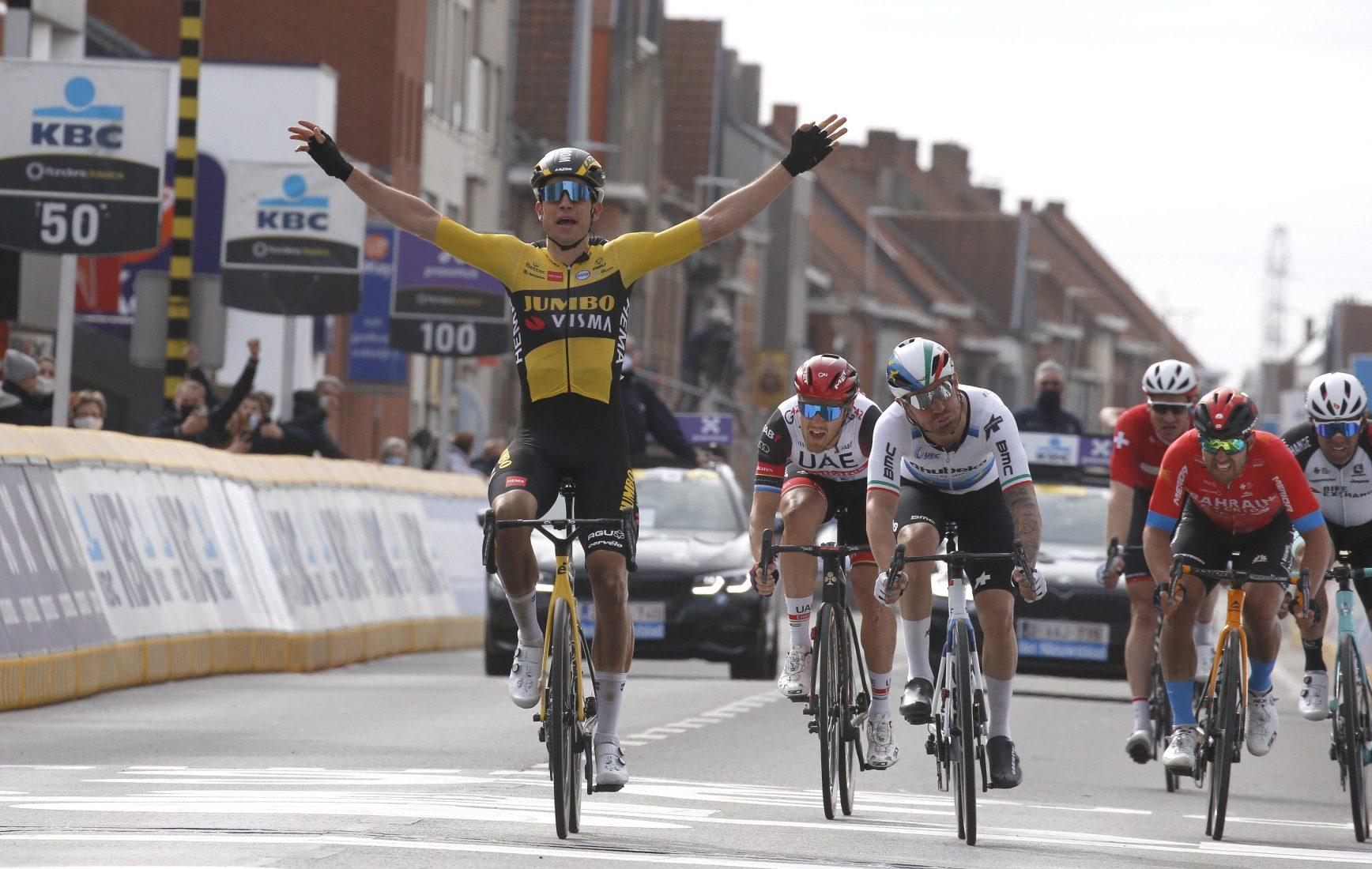 Wout Van Aert ha vinto la Gent-Wevelgem 2021