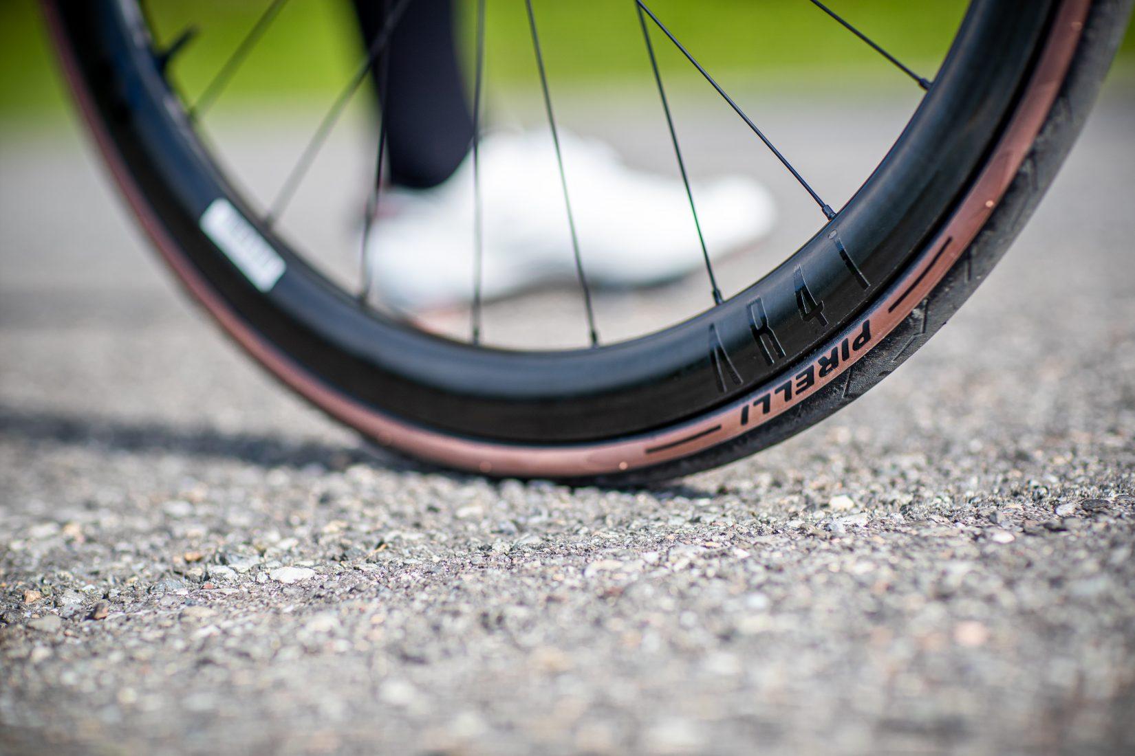 Pirelli lancia P ZERO: i clincher da strada con prestazioni incrementate e nuovi standard