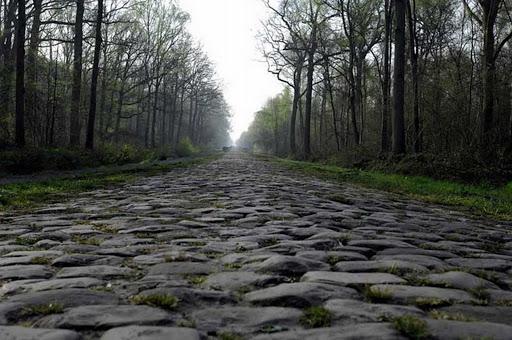 La Paris-Roubaix rinviata al 3 ottobre