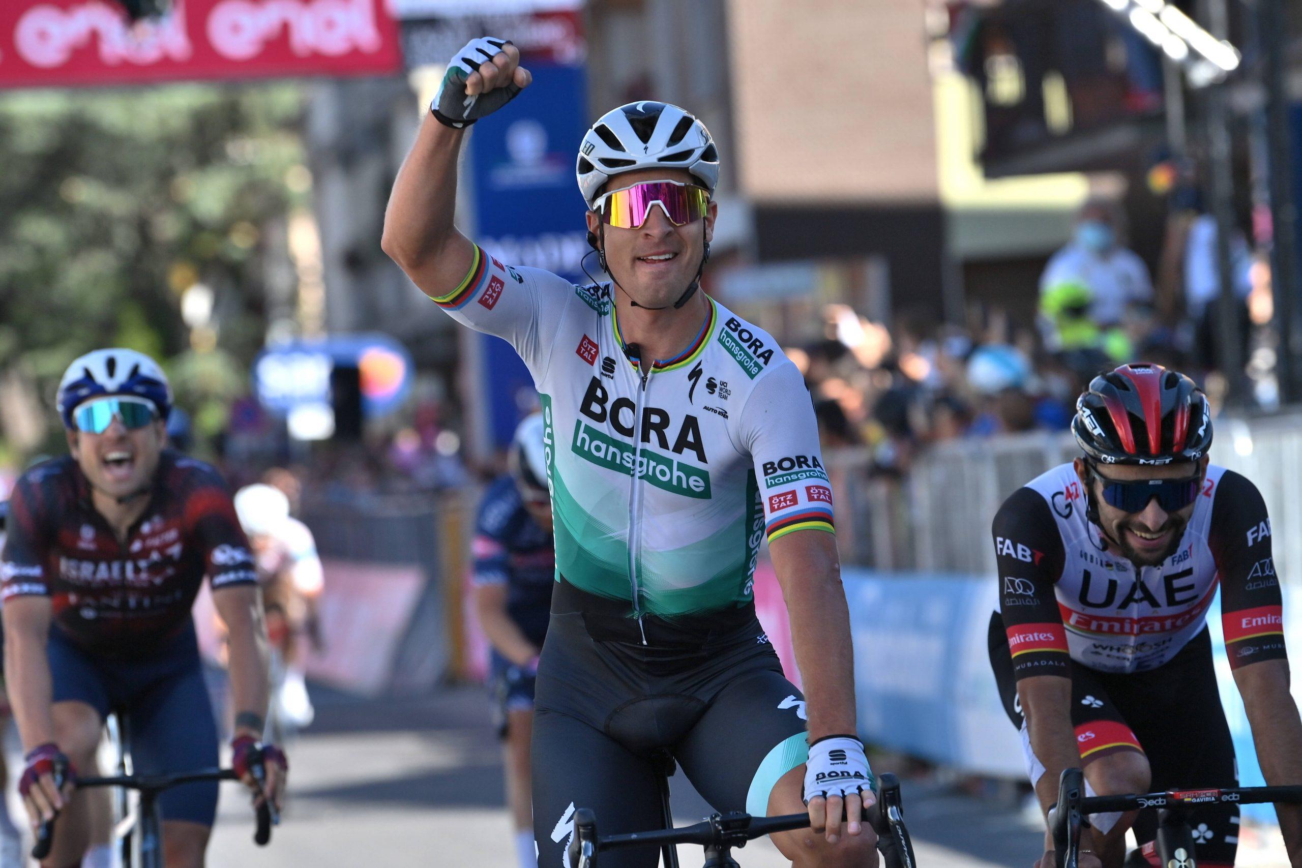 Giro 2021: Peter Sagan vince la 10^ tappa