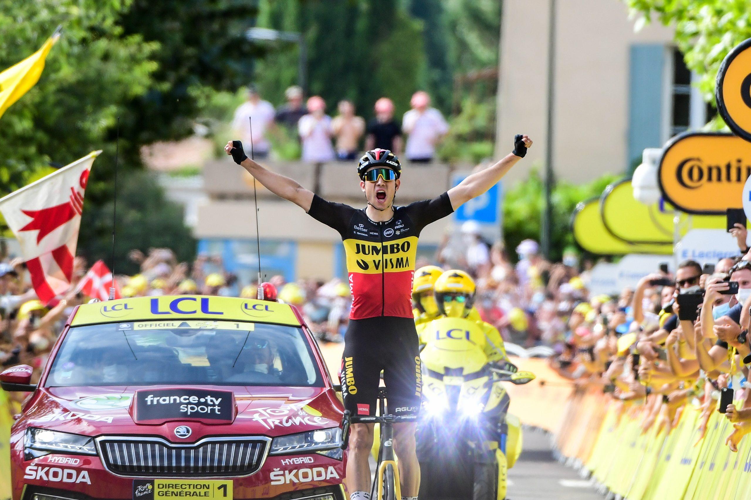 TdF 2021: Wout Van Aert vince la tappa del doppio Ventoux